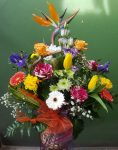 Virágkosár papagáj virággal