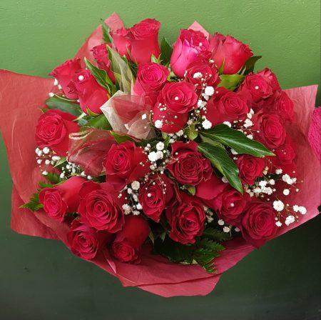 33 szálas rózsacsokor