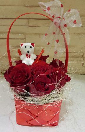 Rózsakosár macival