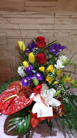 Anyák napi virágtál