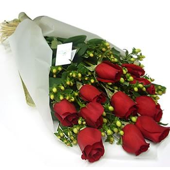 11 szál nagy fejű extra minőségű rózsa