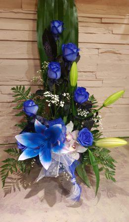 Kék rózsás virágtál