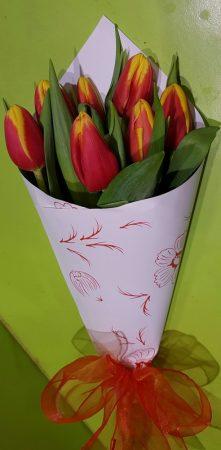 Tulipánok szolíd díszítéssel (Csak Bp.-re és Pest megyébe rendelhető kiszállítással!)