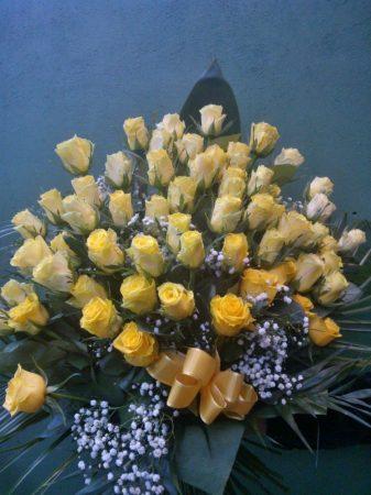 60 szálas sárga rózsa csokor